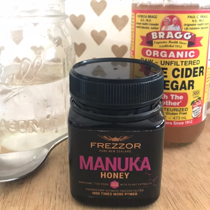 ACV and Manuka Honey detox drink