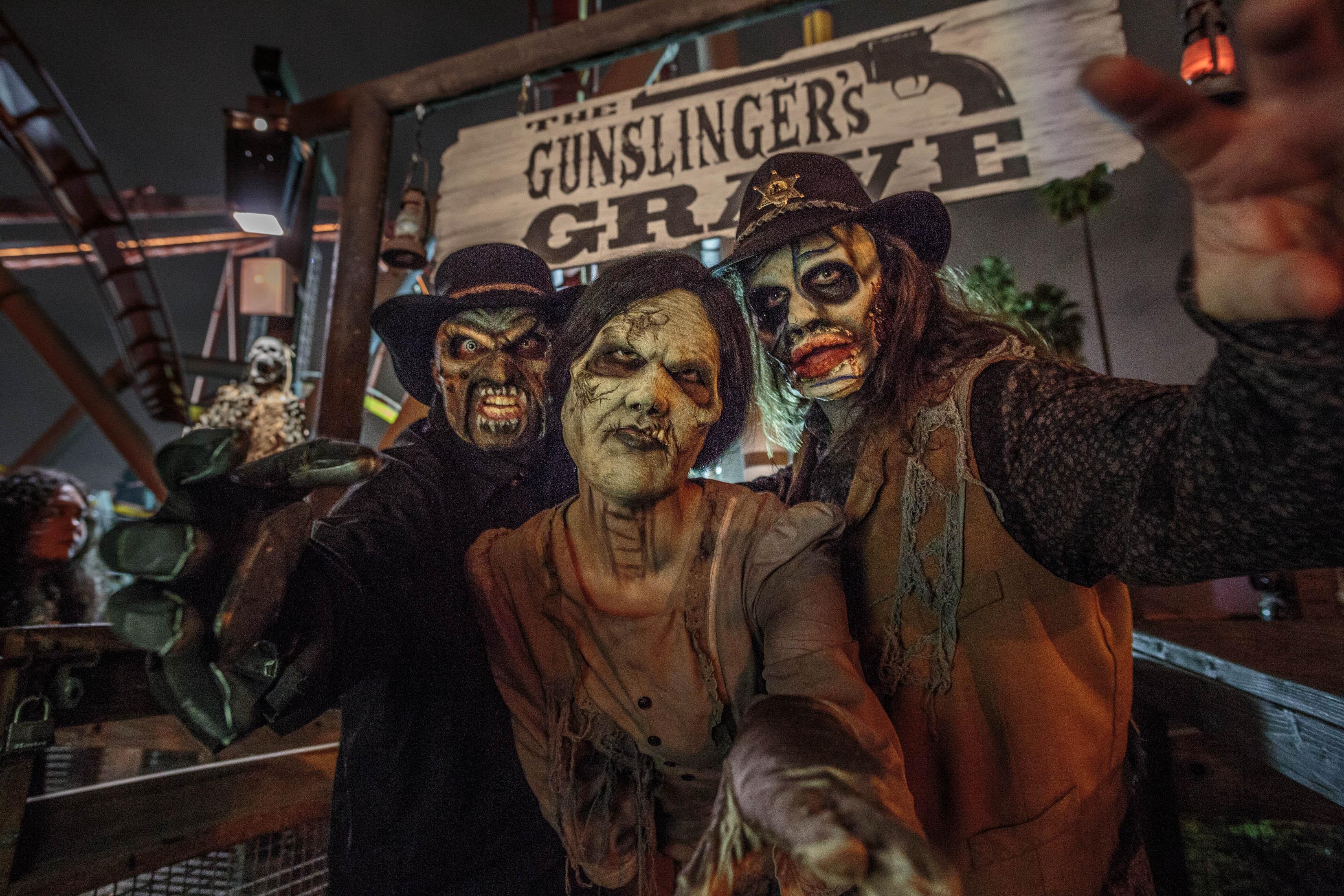 Knotts Scary Farm | Gunslinger's Grave